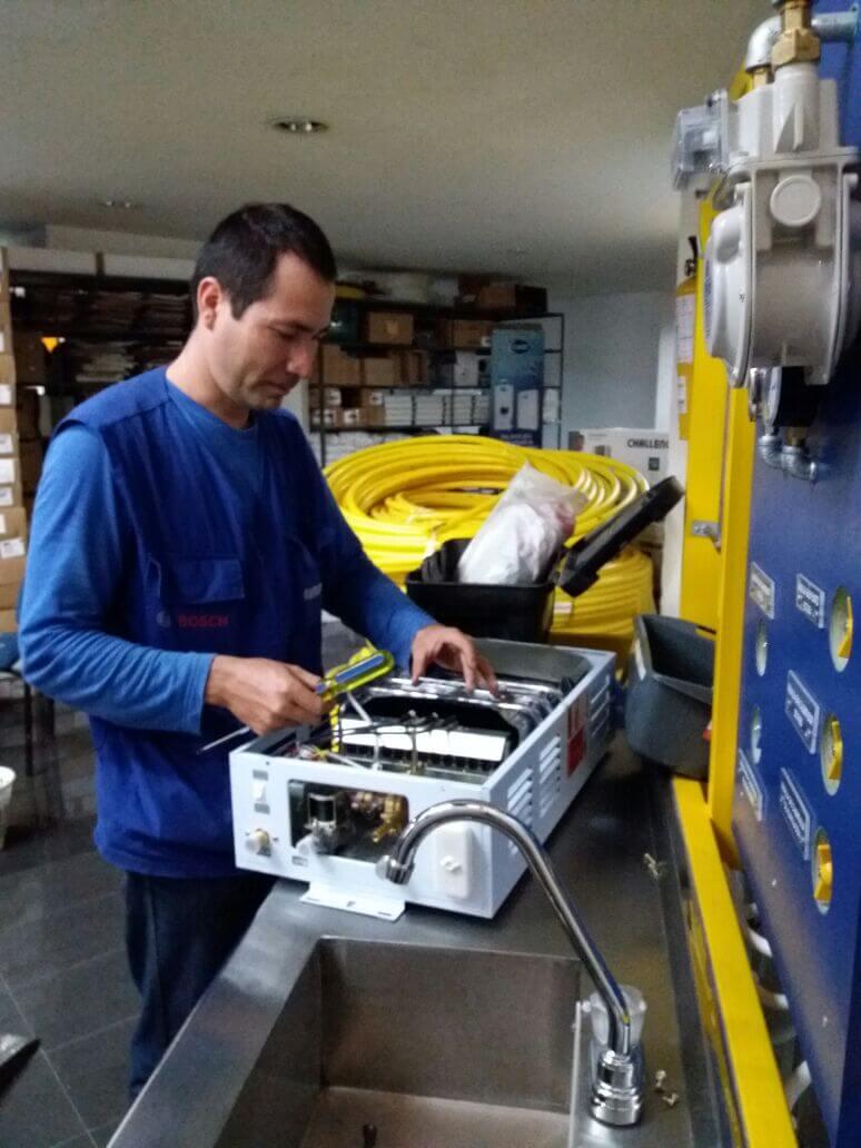 mantenimiento-de-calentadores-a-gas